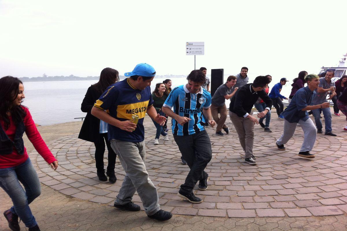 "Flashmob ""Dança Brasil""-Copa do Mundo/POA"